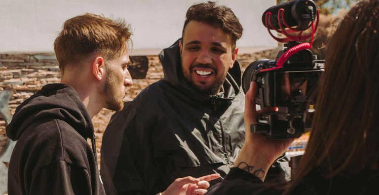 En immersion avec Kofs pour le tournage du clip «Bah Ouais» – L'Inside